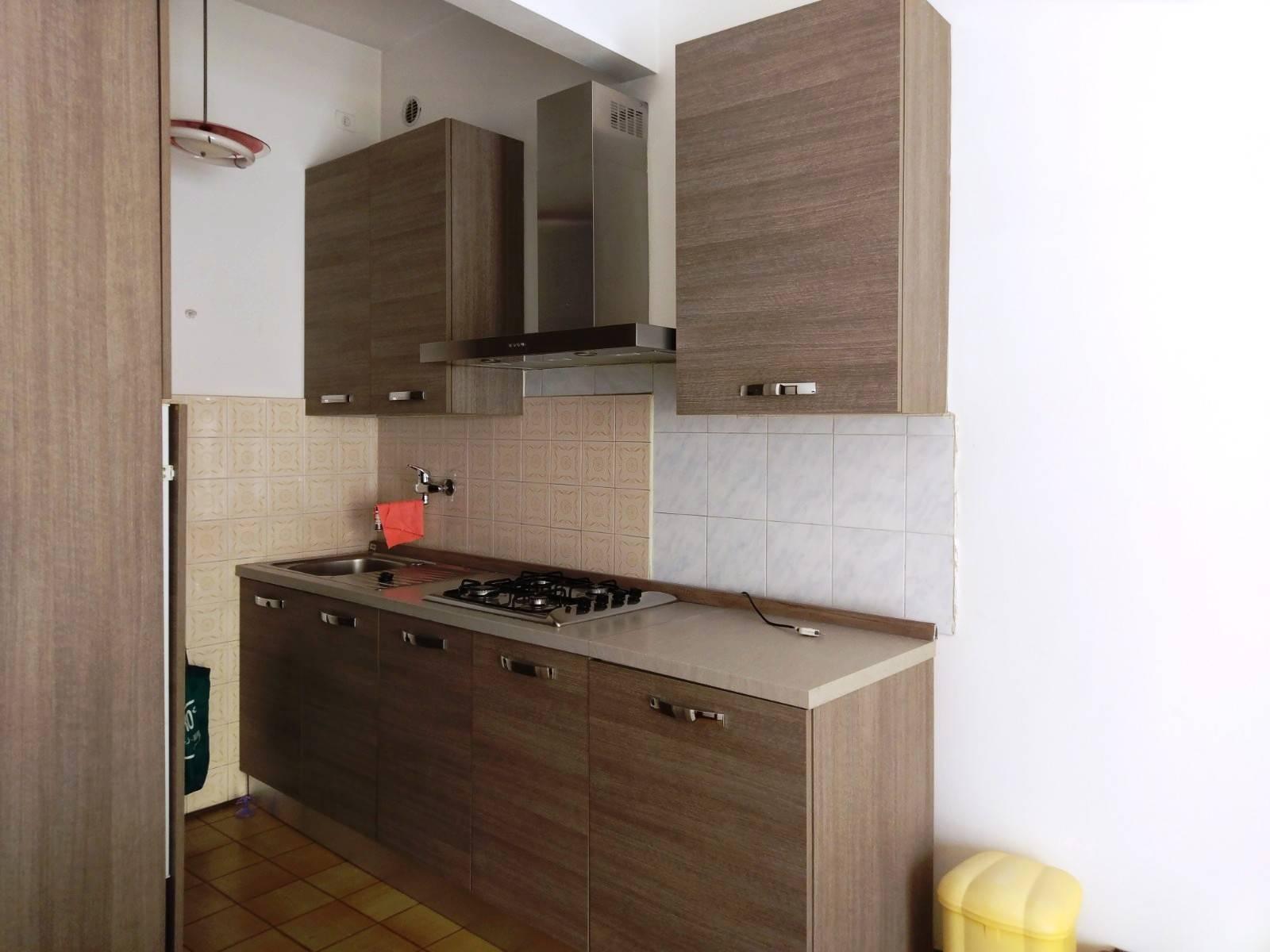 Appartamento in affitto a Prato, 4 locali, zona Località: SOCCORSO, prezzo € 750   CambioCasa.it