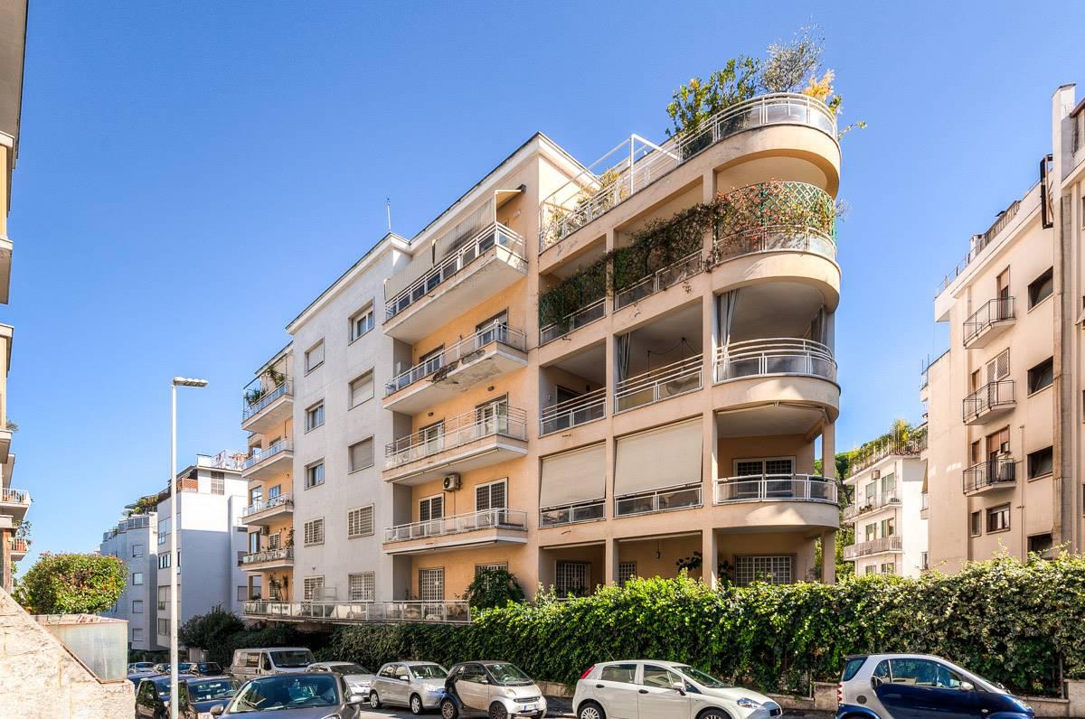Appartamento in vendita a Roma, 4 locali, zona Zona: 2 . Flaminio, Parioli, Pinciano, Villa Borghese, prezzo € 740.000 | CambioCasa.it