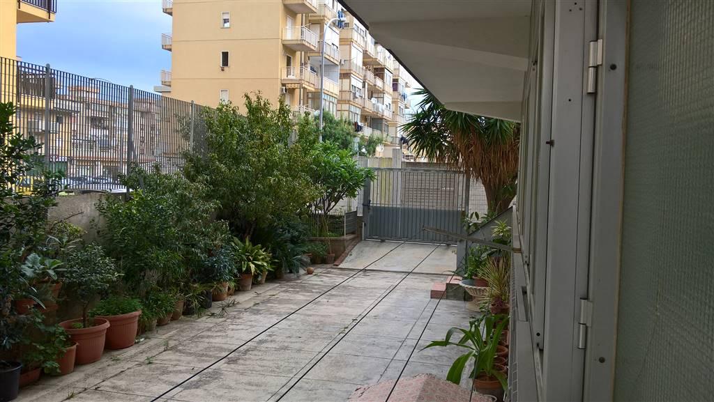 Appartamento in Via Gino Funaioli 11, Palermo