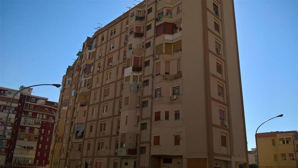 Trilocale, Palermo, da ristrutturare