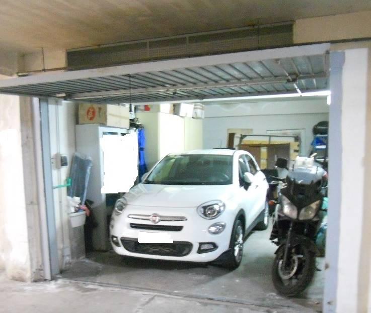 Garage di 25 mq