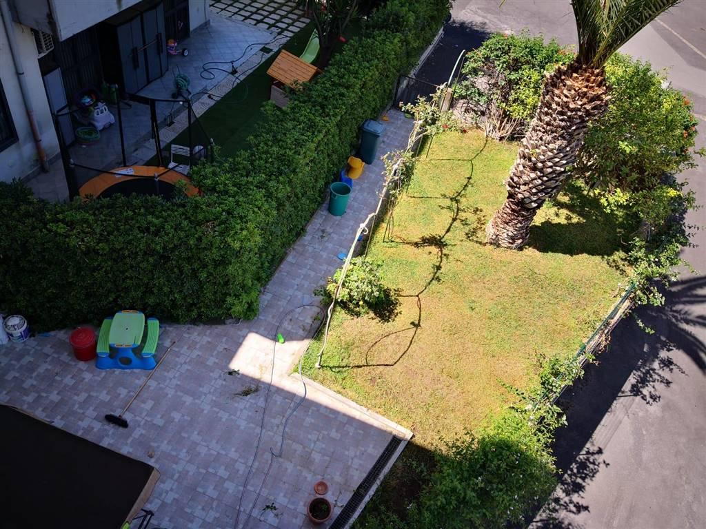 Appartamento in vendita a Motta Sant'Anastasia, 4 locali, prezzo € 113.000 | PortaleAgenzieImmobiliari.it