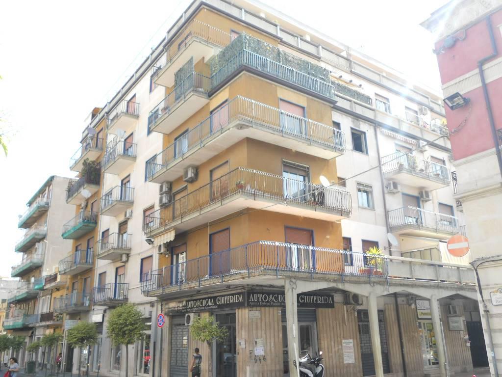 Facciata Via Matteotti angolo con via Garibaldi