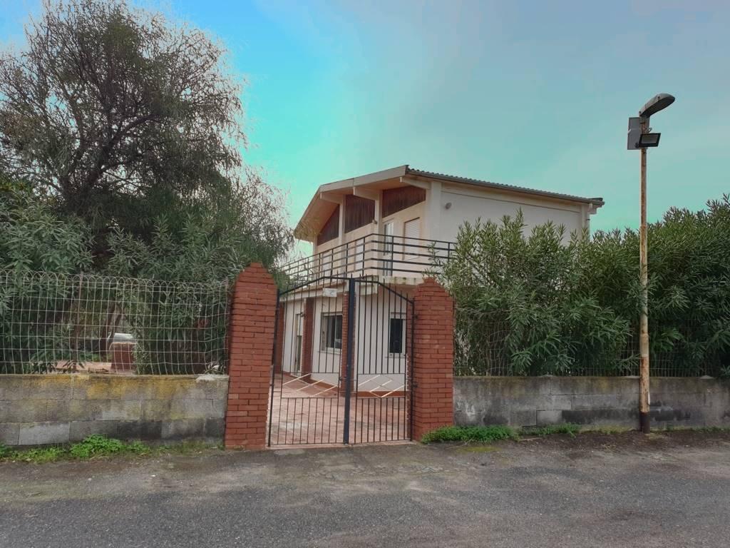 Villa, Catania, da ristrutturare