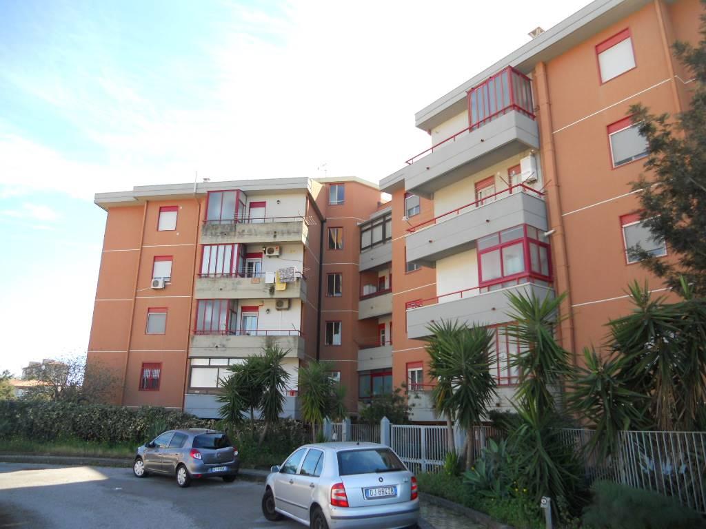 Appartamento in vendita a Catania, 4 locali, zona Località: SAN GIOVANNI DI GALERMO, prezzo € 145.000 | CambioCasa.it