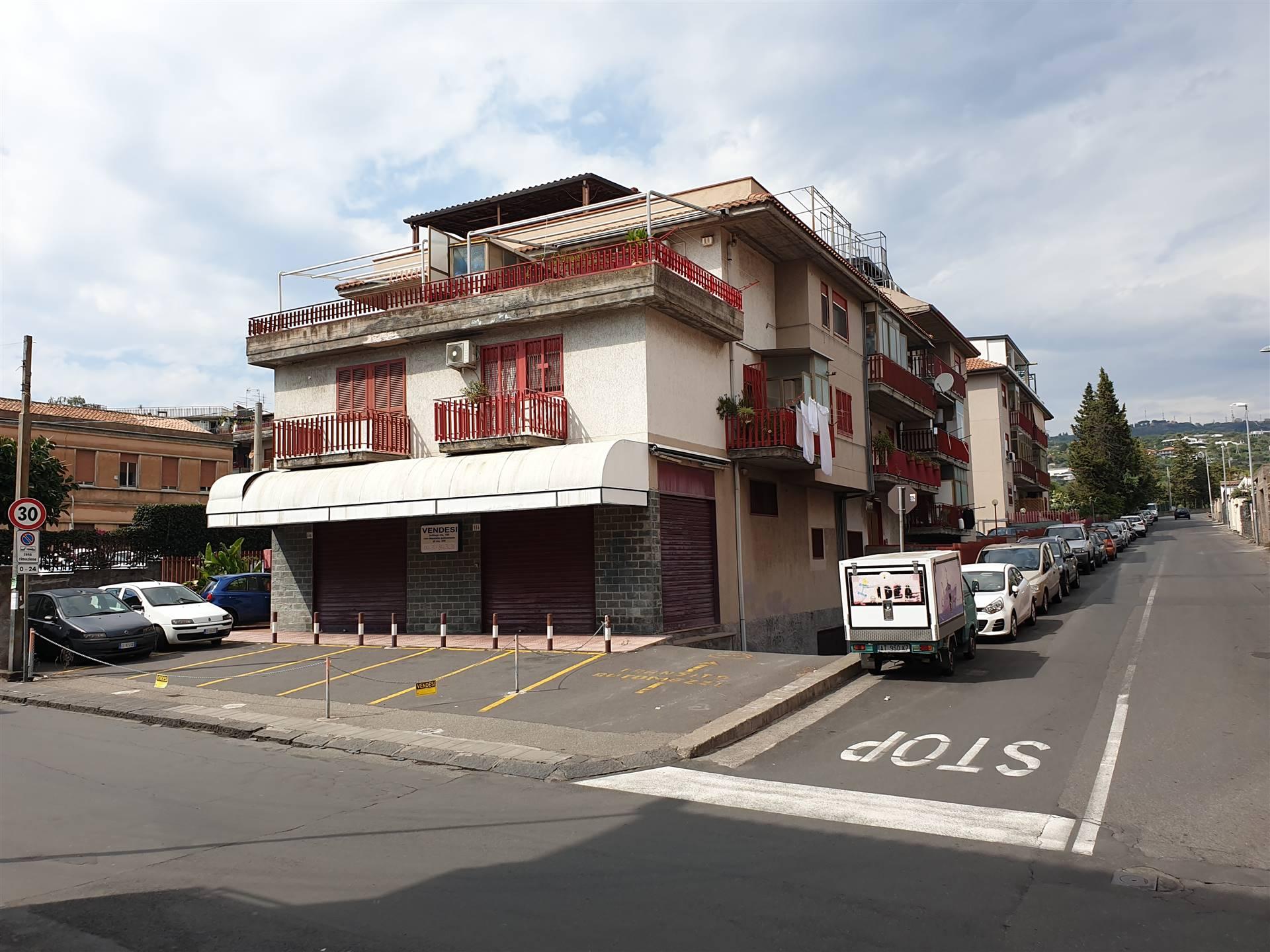 Appartamento in vendita a Aci Castello, 3 locali, zona Zona: Cannizzaro, prezzo € 175.000   CambioCasa.it