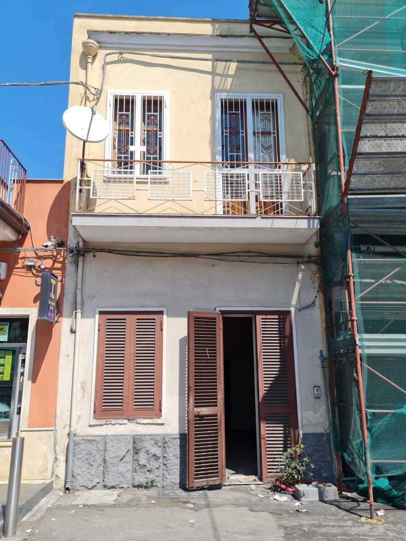 Soluzione Indipendente in vendita a Camporotondo Etneo, 3 locali, zona Località: PIANO TAVOLA, prezzo € 78.000   CambioCasa.it