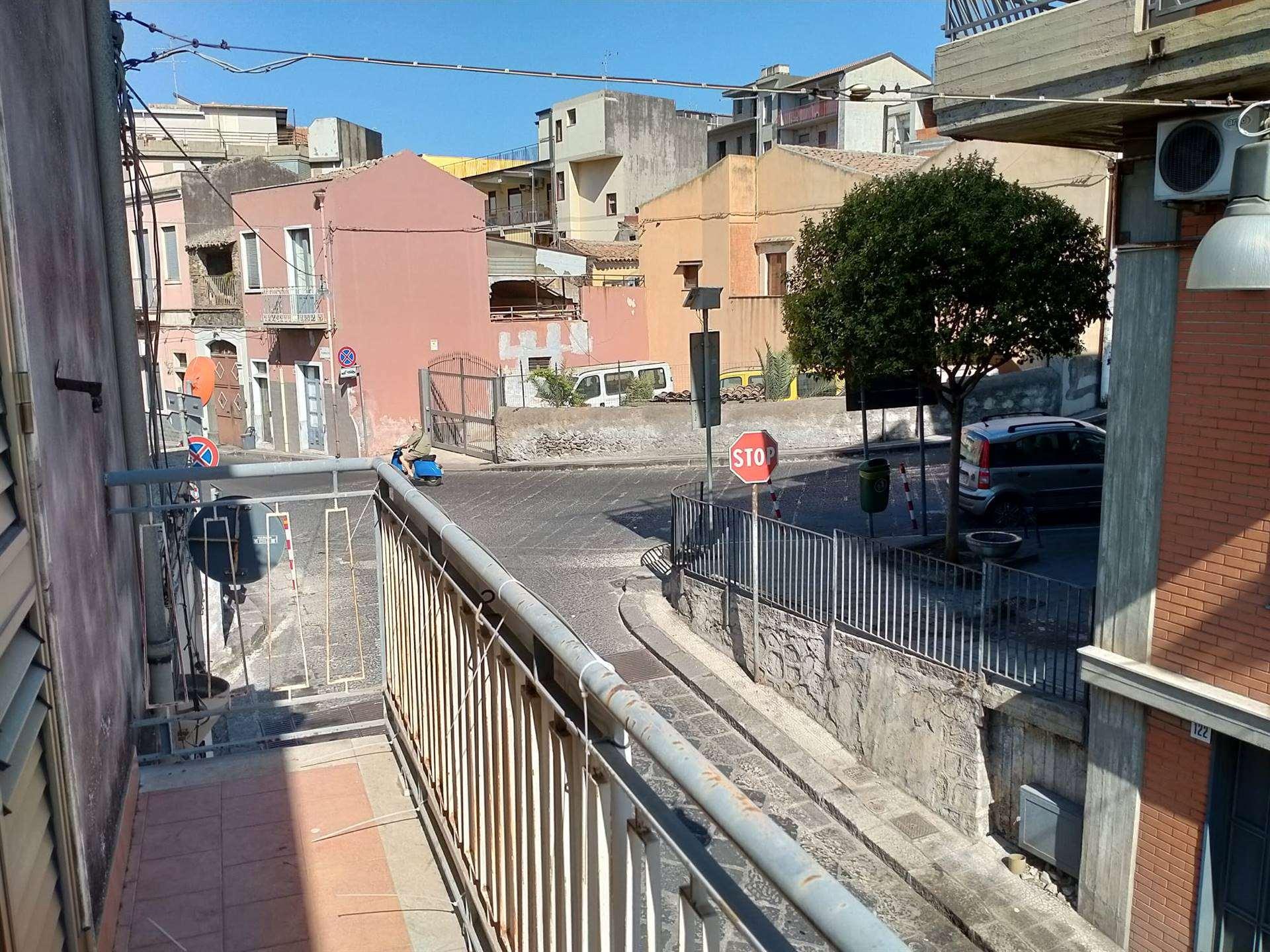 balcone su strada