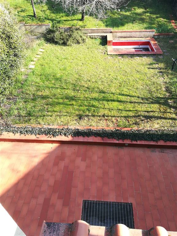 Terraced house in BAGNO A RIPOLI 200 Sq. mt. | 9 Rooms - Garage | Garden 300 Sq. mt.