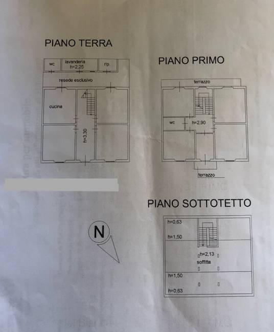Casa semi indipendente a PRATO 200 Mq | 10 Vani | Giardino 60 Mq