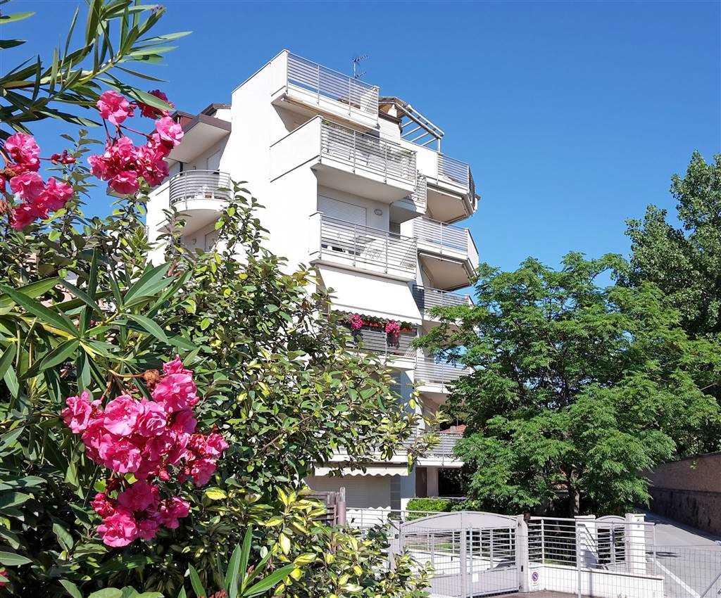 Quadrilocale, Marina Centro, Rimini, seminuovo
