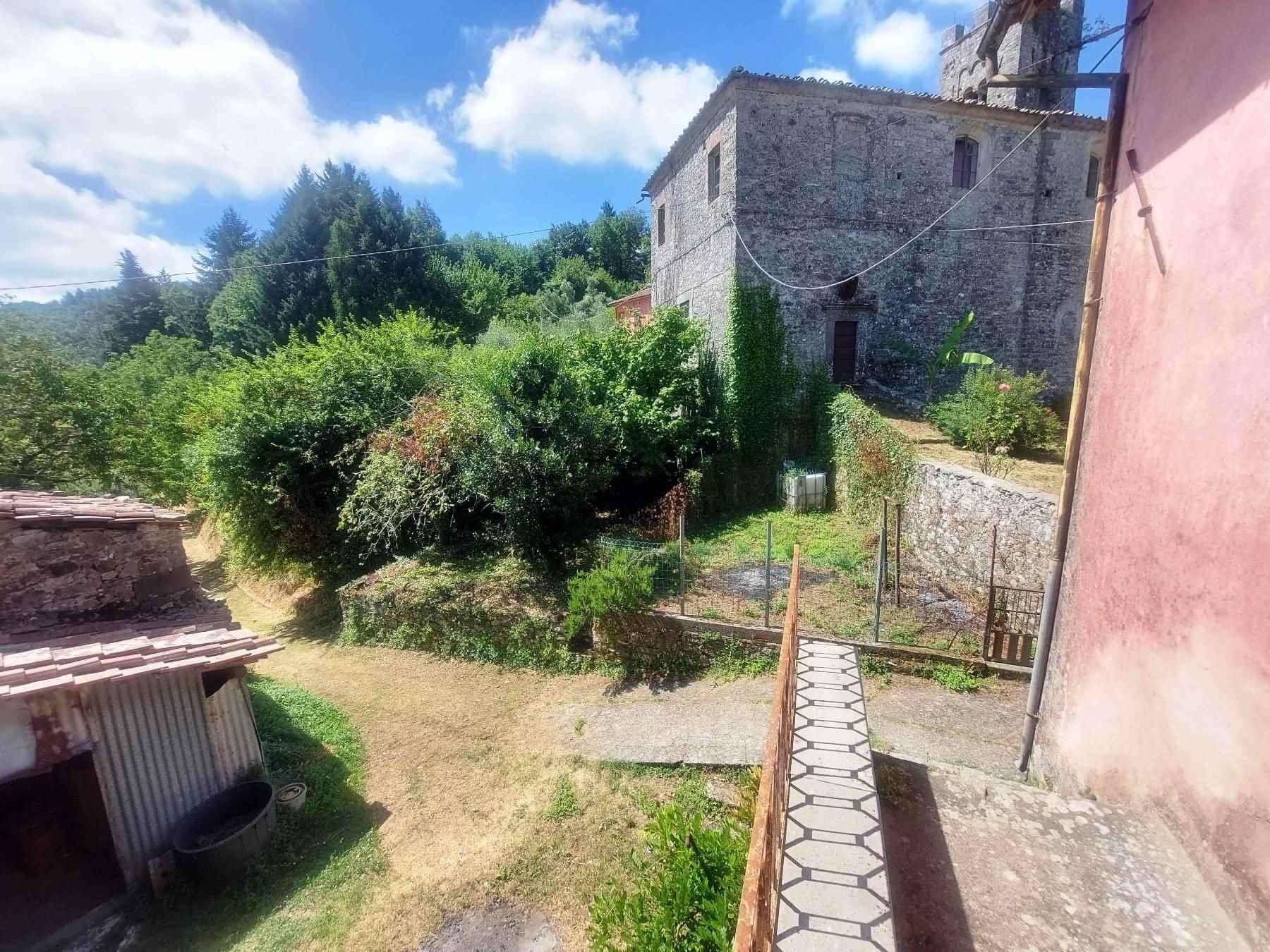 La vista sul giardino - The view of the garden