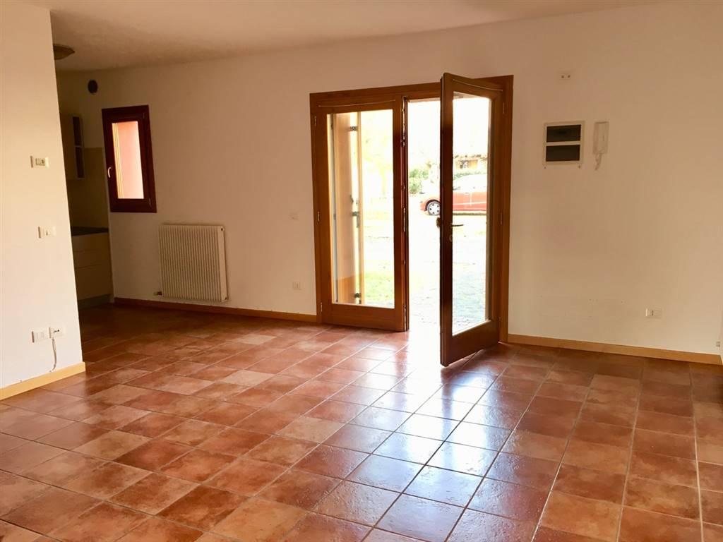 Villa a schiera in Via Roma 33, Pieris, San Canzian D'isonzo