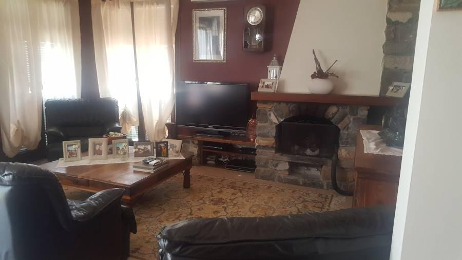 Villa in vendita a Perinaldo, 8 locali, prezzo € 850.000   CambioCasa.it