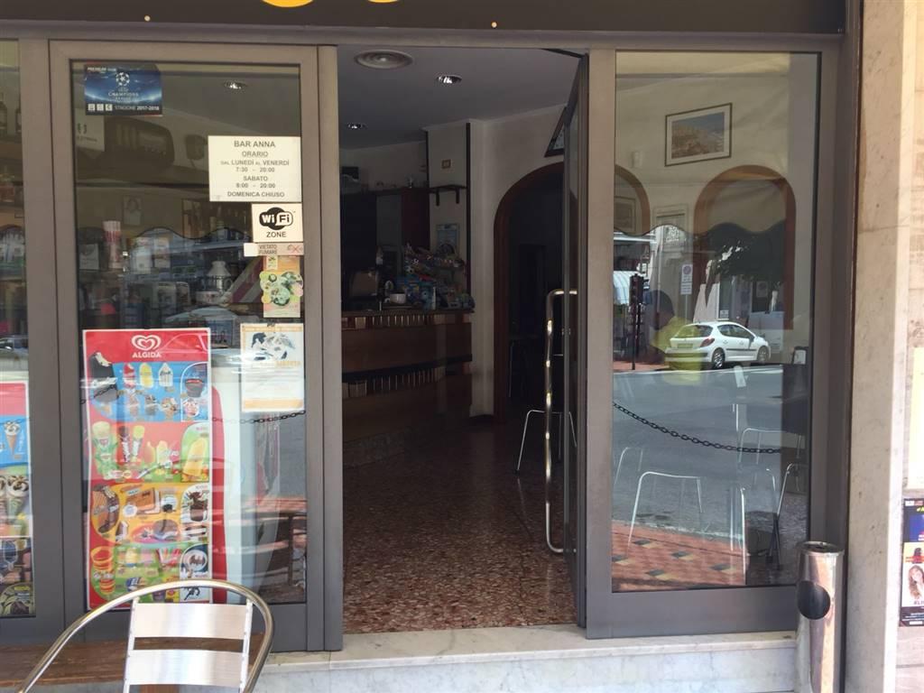 Attività / Licenza in vendita a Ventimiglia, 2 locali, prezzo € 100.000 | CambioCasa.it