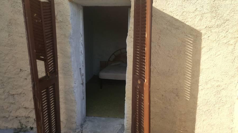 Appartamento in vendita a Ventimiglia, 3 locali, zona Zona: Sealza, prezzo € 145.000   CambioCasa.it