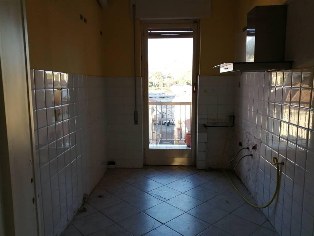 Appartamento in vendita a Vallecrosia, 3 locali, prezzo € 190.000 | CambioCasa.it