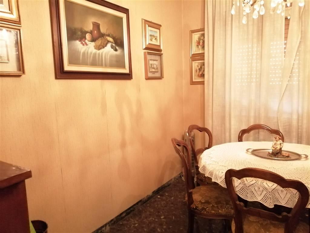 Appartamento in vendita a Ventimiglia, 4 locali, prezzo € 220.000 | CambioCasa.it