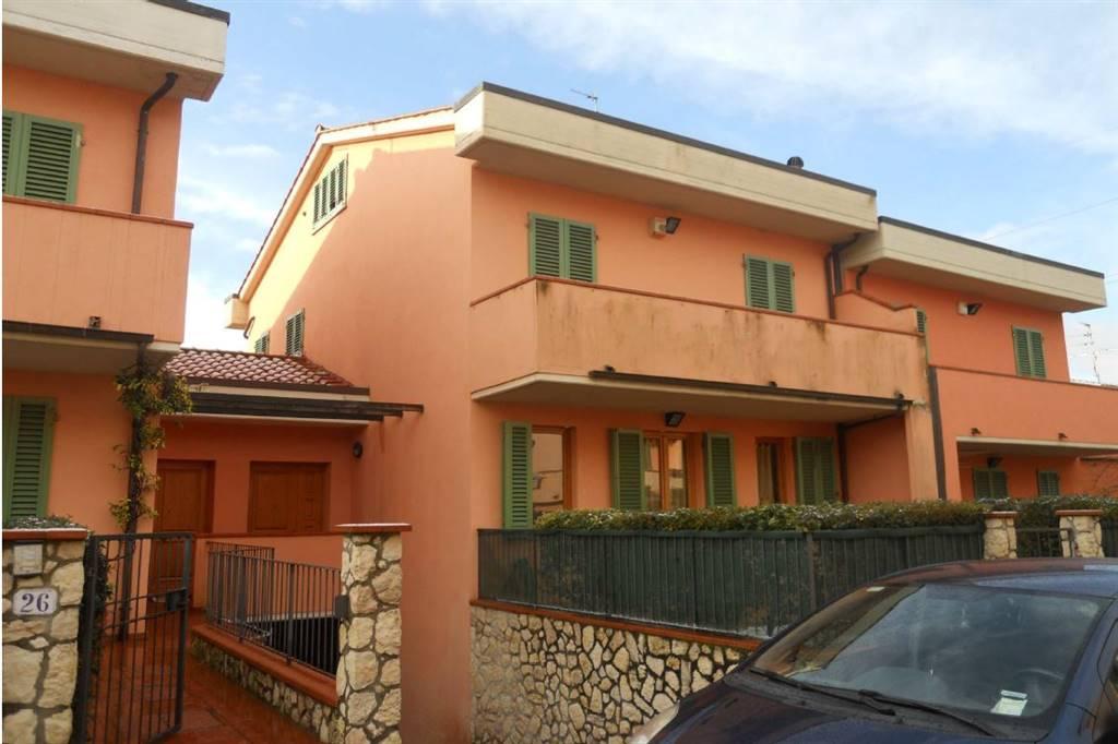 Appartamento indipendente a <span style=\'text-transform: capitalize\'>Rignano sull\'arno</span>