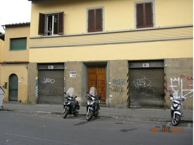 Garage / Posto auto a <span style=\'text-transform: capitalize\'>Firenze</span>