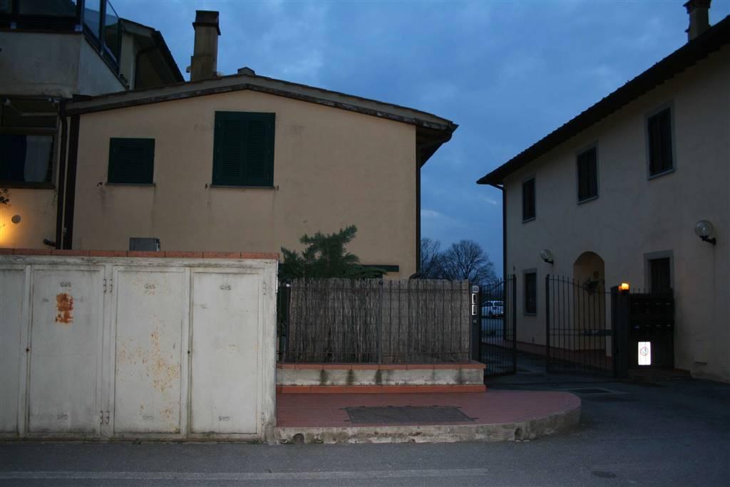 Maison de ville à <span style=\'text-transform: capitalize\'>Campi bisenzio</span>