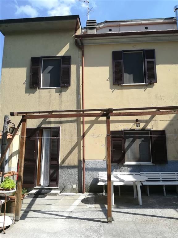 Casa semi indipendente a CARRARA