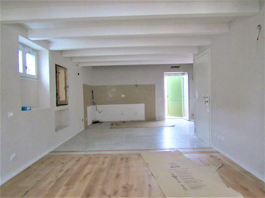 Appartamento indipendenteaCARRARA