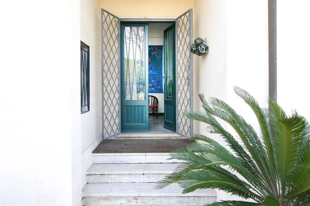 Villa bifamiliareaFORTE DEI MARMI