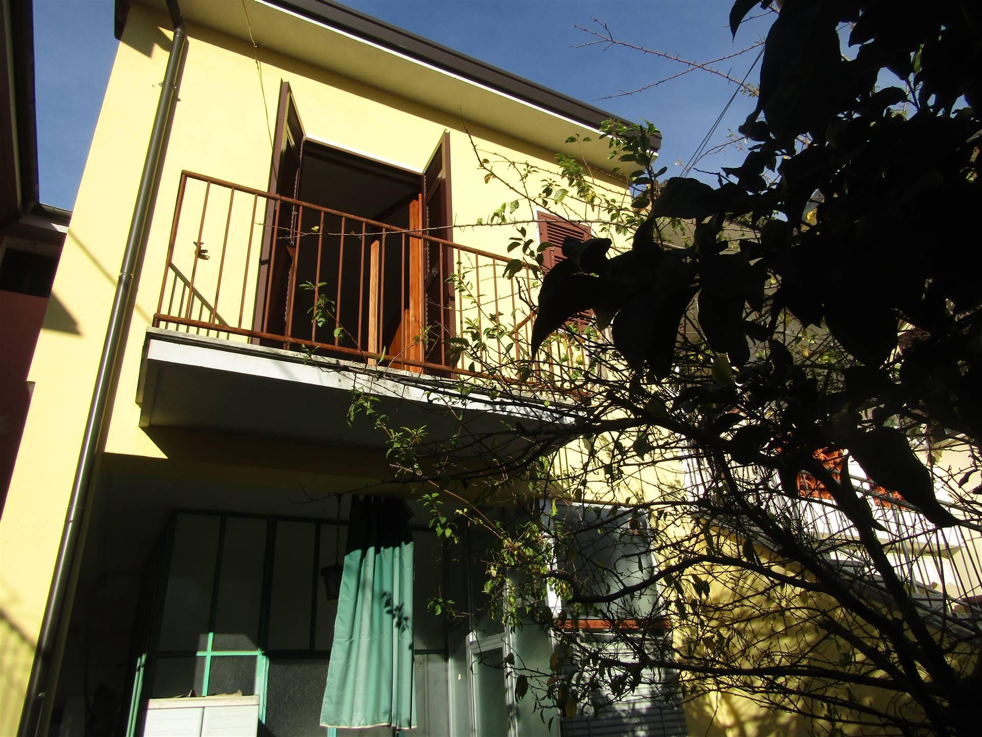 Casa semi indipendenteaCARRARA