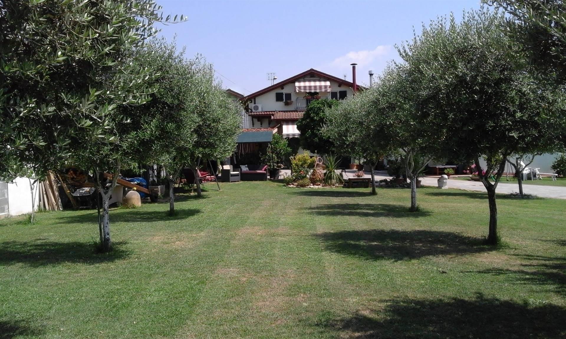 VillaaCARRARA