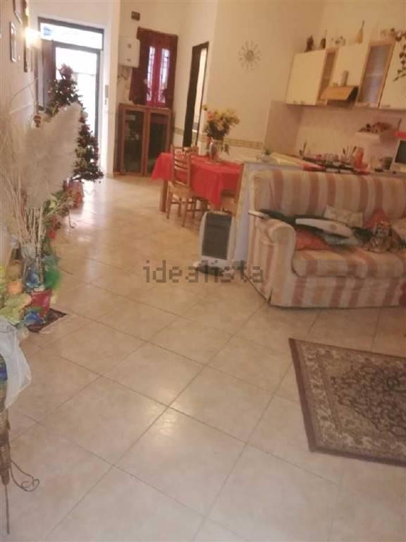 Appartamento in vendita a Nocera Inferiore, 3 locali, prezzo € 50.000 | CambioCasa.it