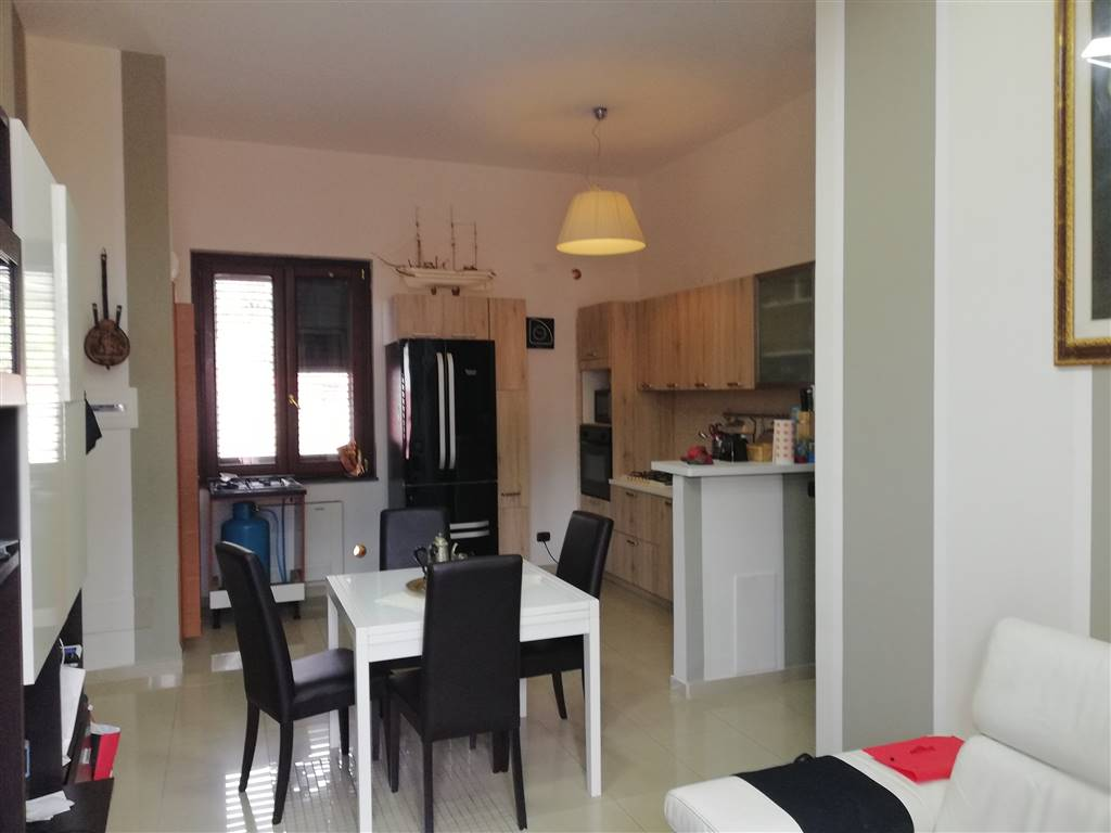 Appartamento in Via Solimena 108, Nocera Inferiore