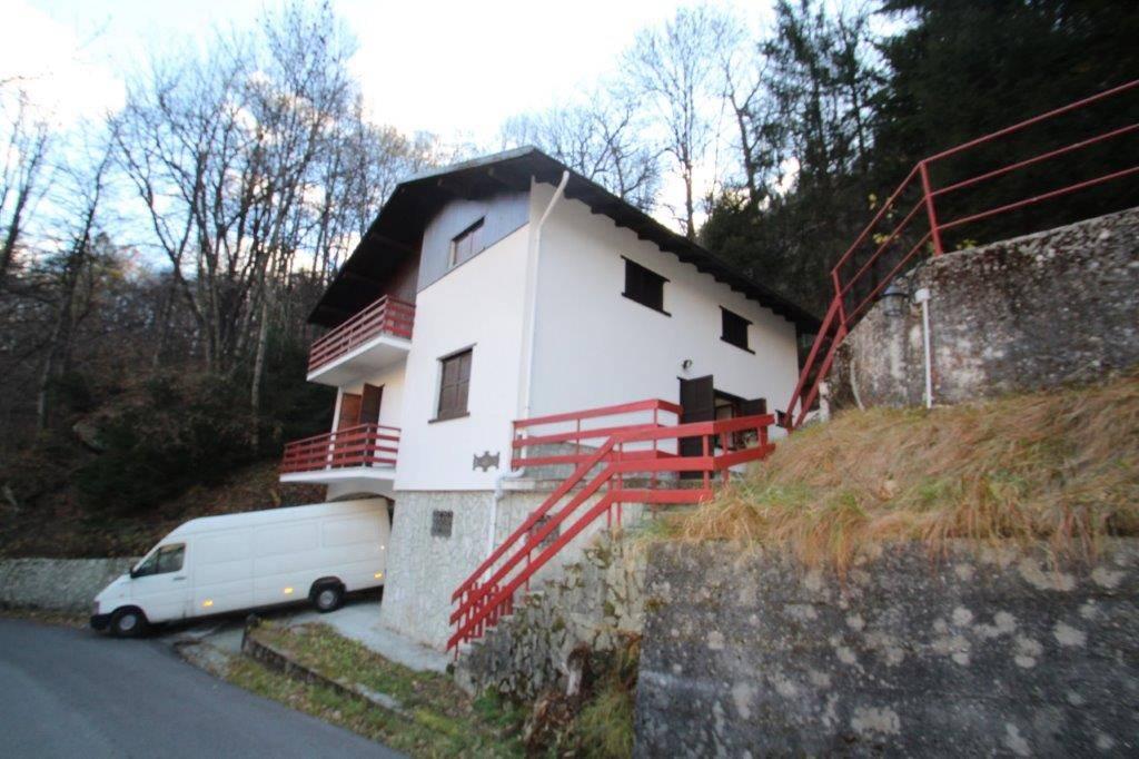 Soluzione Indipendente in vendita a Villa di Chiavenna, 5 locali, zona te, prezzo € 200.000 | PortaleAgenzieImmobiliari.it
