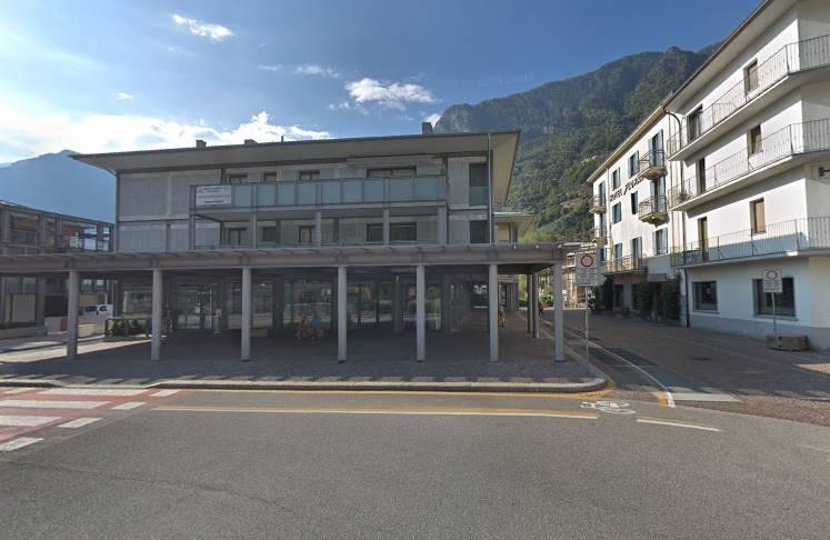 Negozio / Locale in vendita a Chiavenna, 1 locali, prezzo € 310.000 | CambioCasa.it