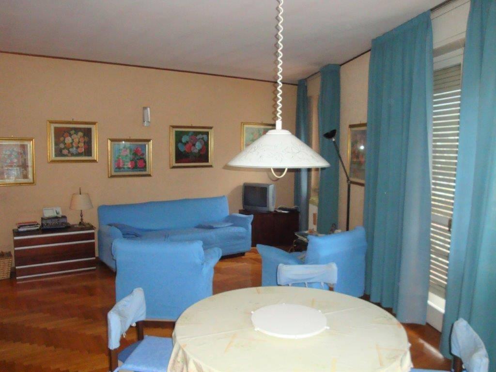 Appartamento in vendita a Chiavenna, 3 locali, prezzo € 130.000 | CambioCasa.it