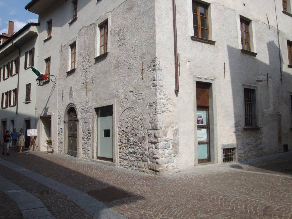 Negozio / Locale in vendita a Chiavenna, 1 locali, Trattative riservate | CambioCasa.it
