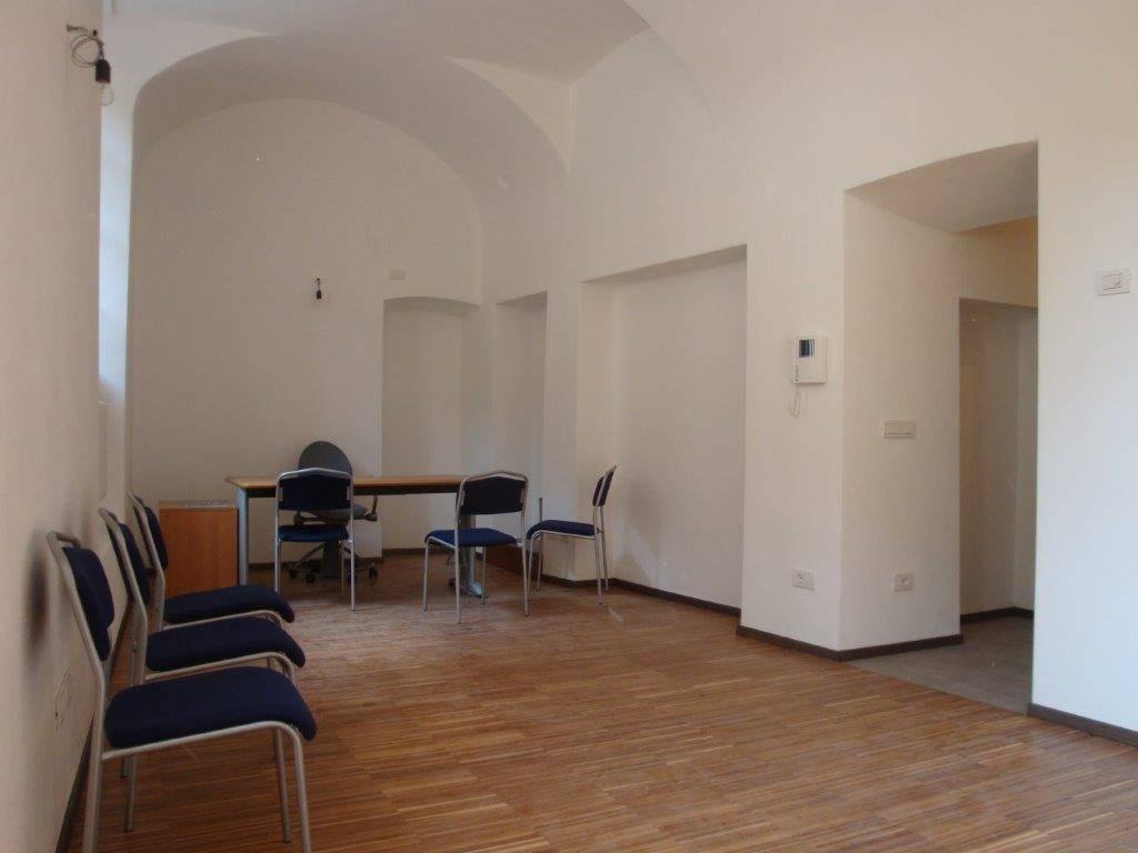 Ufficio / Studio in vendita a Chiavenna, 1 locali, Trattative riservate | CambioCasa.it