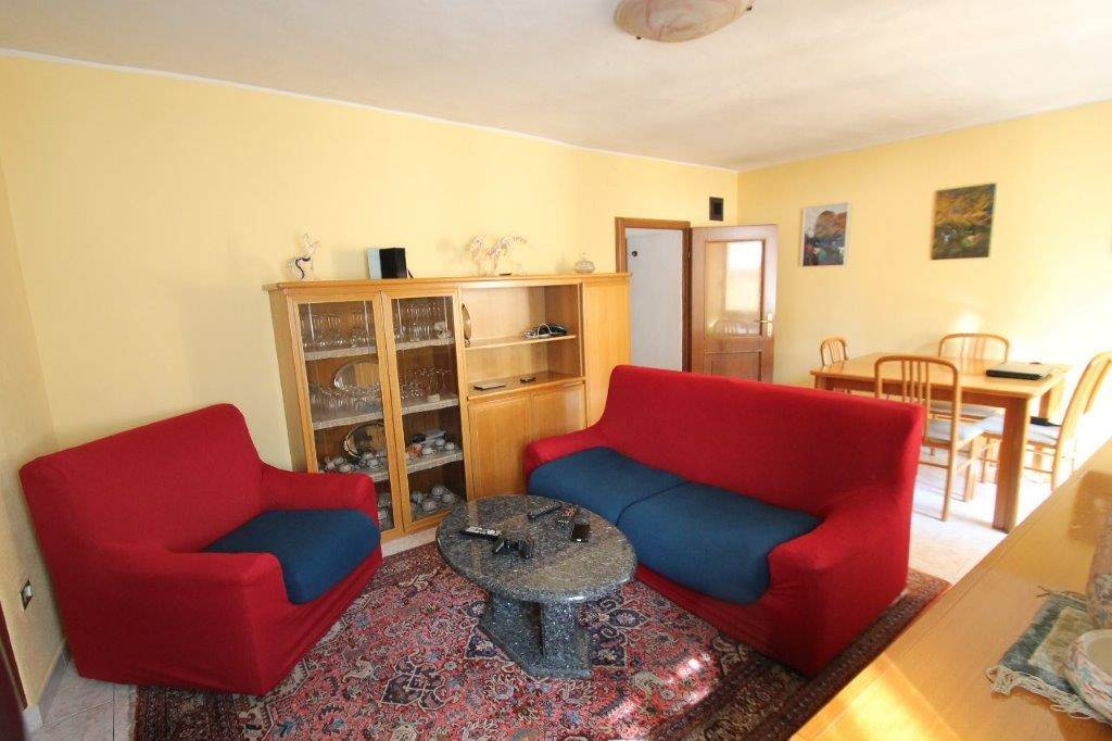 Appartamento in vendita a Chiavenna, 3 locali, prezzo € 196.000 | CambioCasa.it