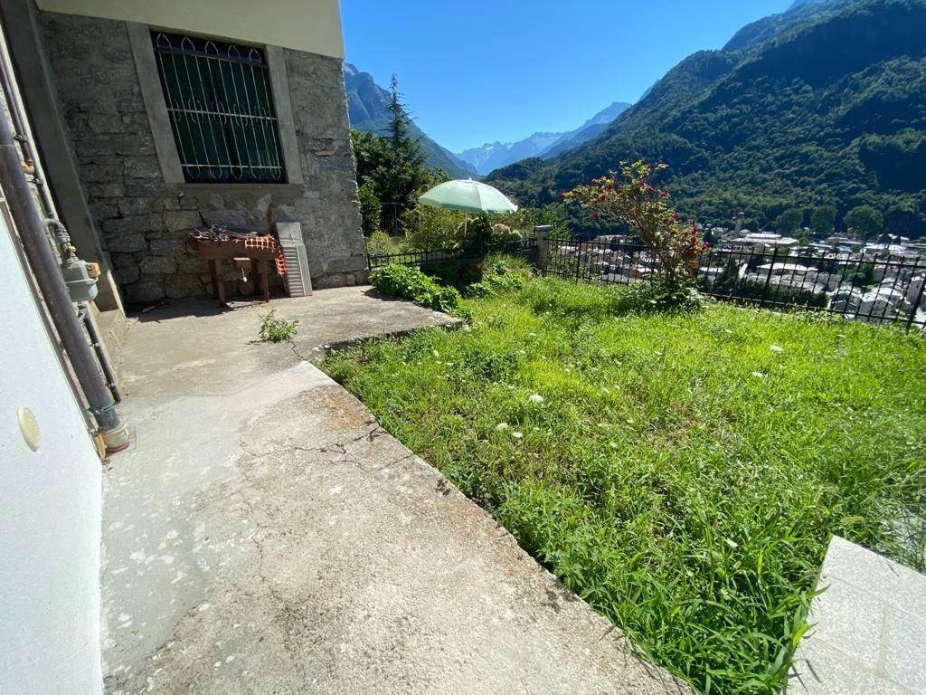 Appartamento in vendita a Chiavenna, 5 locali, zona azzola, prezzo € 175.000   PortaleAgenzieImmobiliari.it
