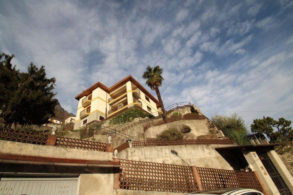 Appartamento in vendita a Chiavenna, 5 locali, prezzo € 240.000 | CambioCasa.it