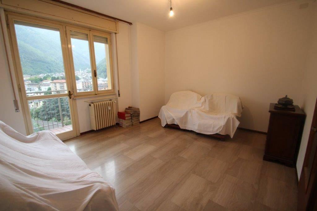 Appartamento in vendita a Chiavenna, 3 locali, prezzo € 225.000 | CambioCasa.it