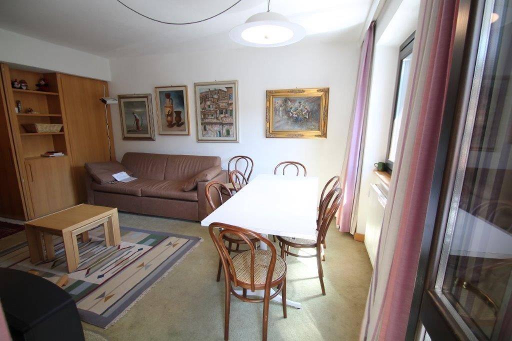 Appartamento in vendita a Madesimo, 3 locali, prezzo € 330.000   CambioCasa.it