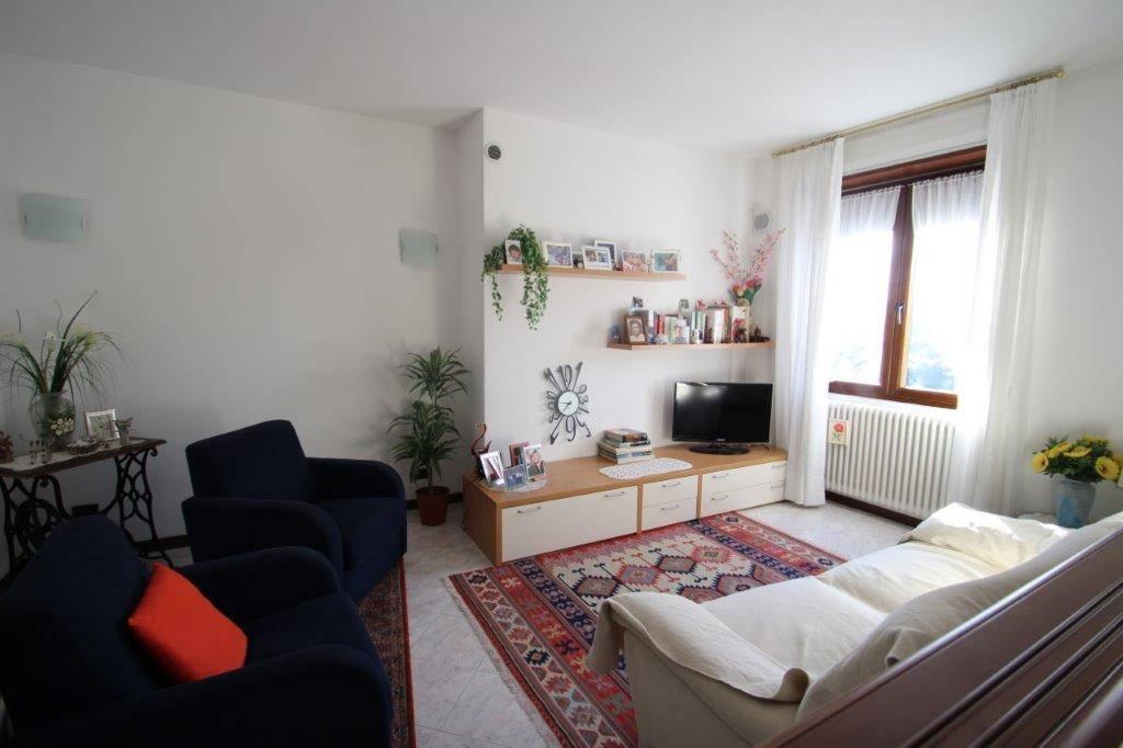Appartamento in vendita a Sorico, 3 locali, prezzo € 144.000 | CambioCasa.it