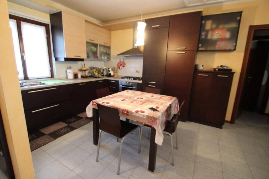 Appartamento in vendita a Mese, 3 locali, prezzo € 180.000 | PortaleAgenzieImmobiliari.it