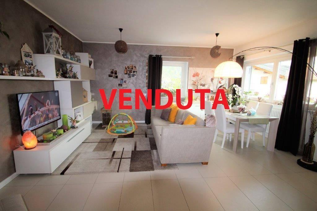 Villa in vendita a Novate Mezzola, 3 locali, Trattative riservate | PortaleAgenzieImmobiliari.it