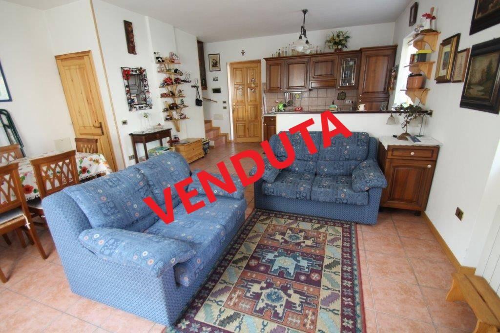 Villa in vendita a Novate Mezzola, 4 locali, prezzo € 228.000 | PortaleAgenzieImmobiliari.it