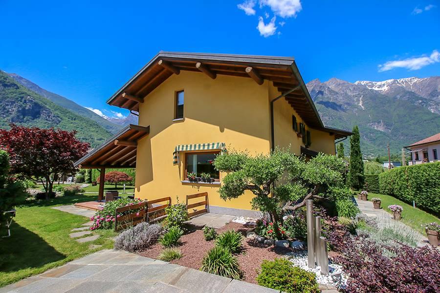 Villa in vendita a Prata Camportaccio, 6 locali, Trattative riservate | PortaleAgenzieImmobiliari.it