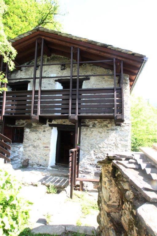 Rustico / Casale in vendita a Gordona, 3 locali, zona Località: MENAROLA, prezzo € 85.000 | CambioCasa.it