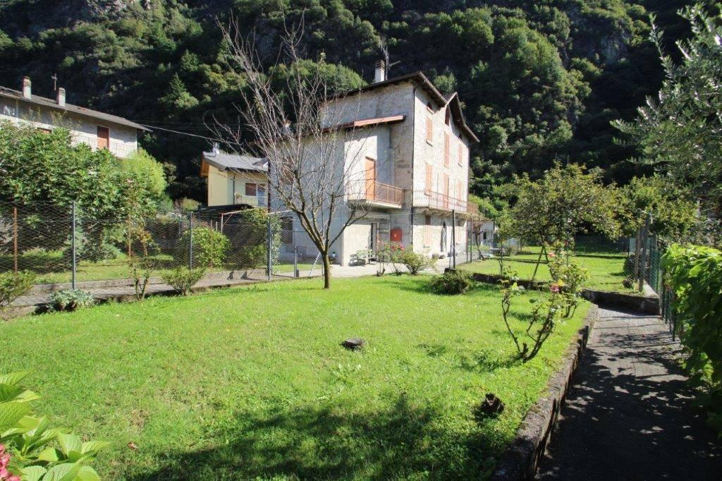 Soluzione Semindipendente in vendita a Novate Mezzola, 4 locali, prezzo € 105.000 | PortaleAgenzieImmobiliari.it