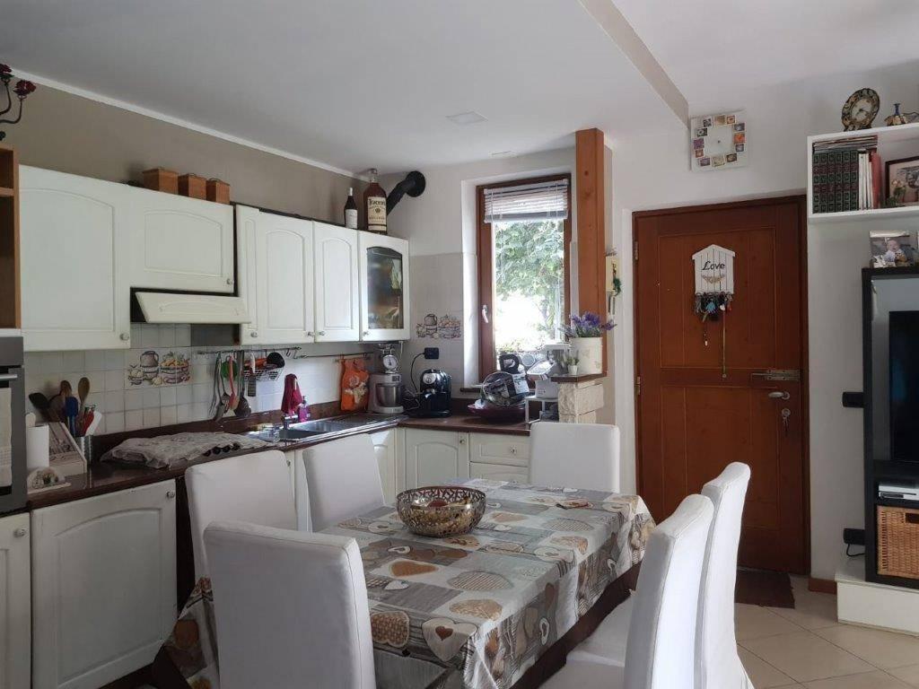 Appartamento in vendita a Gordona, 4 locali, prezzo € 210.000 | CambioCasa.it